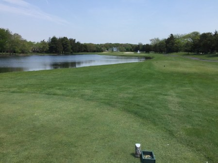 12th hole is a short 291 yard hole so the pretty water doesn't really come into play.